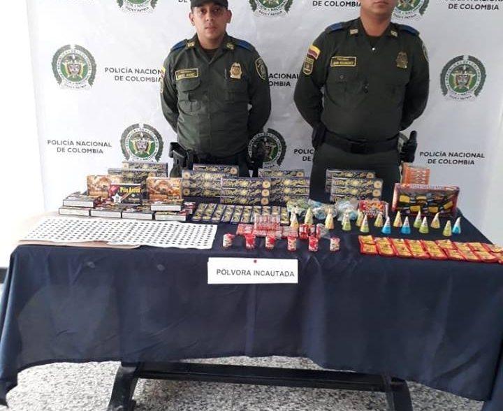 Policìa incauta 6 kilos de pòlvora que eran transportados en bus de servicio pùblico