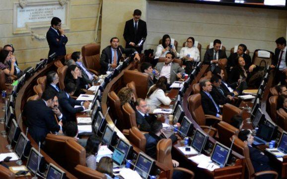 Aprobada en primer debate ley de financiamiento