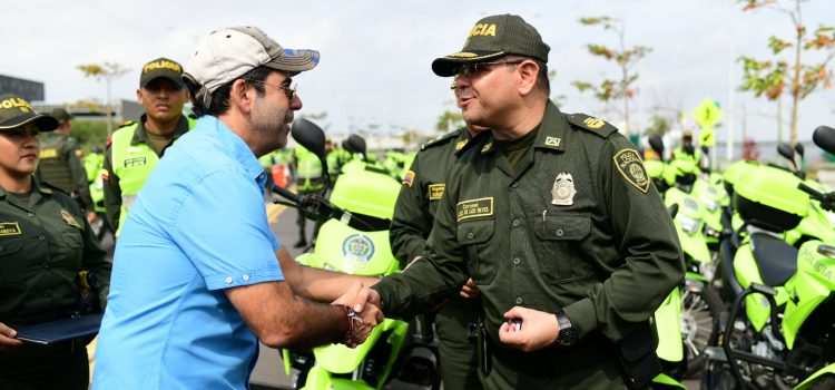 Para fortalecer seguridad ciudadana, alcalde Char entregó 250 motos a Policía Metropolitana de Barranquilla