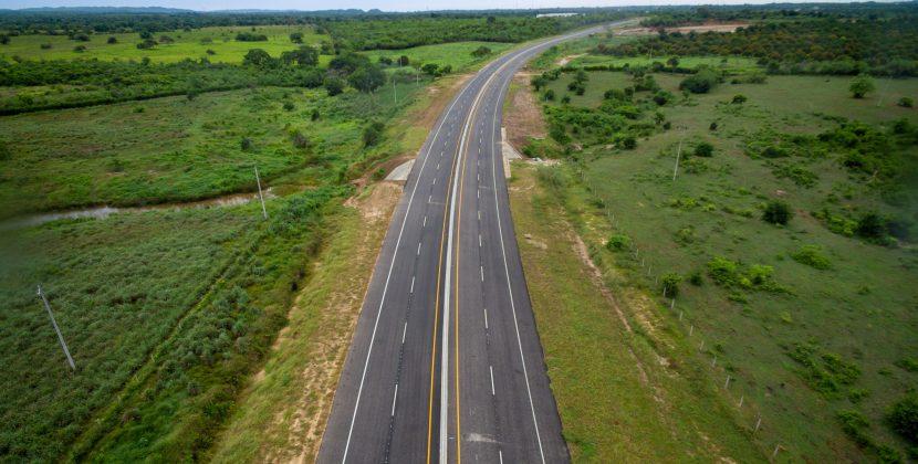 Verano y vicepresidenta Ramírez inauguran primeros 17 km de la Segunda Circunvalar