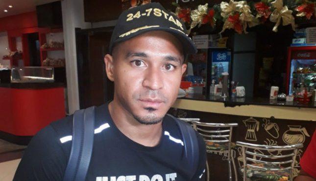 Macnelly Torres ya está en Paraguay