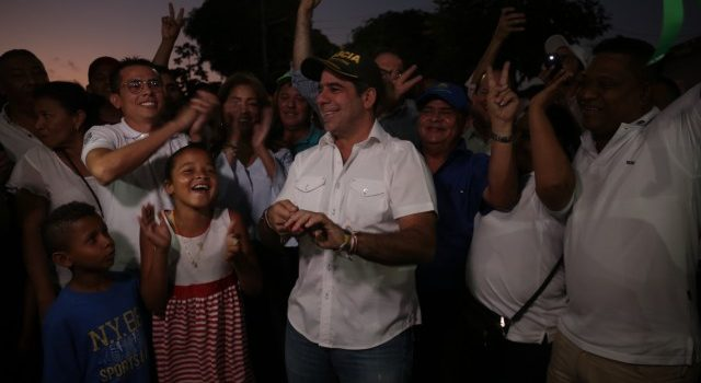 Al entregar 2.3 kilómetros de nuevas vías, alcalde Char pidió justicia por los hechos de Bogotá