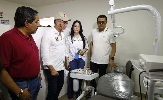 Gobernación entrega equipos biomédicos al Hospital de Palmar de Varela