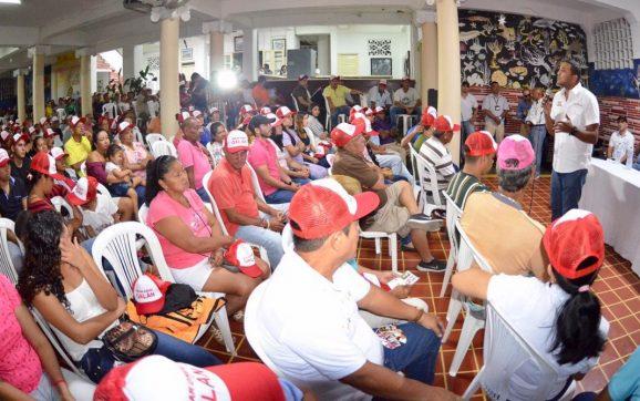 """*""""Puerto Colombia es un municipio turístico que no vive del turismo; que tiene cinco universidades pero sus jóvenes no tienen acceso a ellas"""" Óscar David Galán.*"""