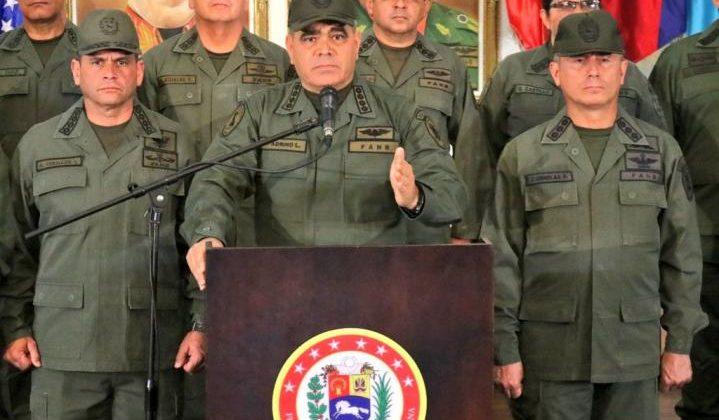 """""""Tendrán que pasar por nuestros cadáveres"""": Ministro de la Defensa de Venezuela"""