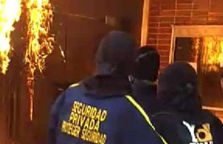 Vandalismo en Uniatlántico prenden fuego a rectoría