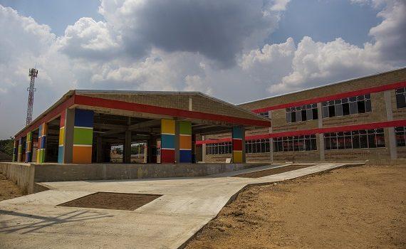 Nuevos colegios 'Diez' de Sabanalarga tienen ascensores para estudiantes con discapacidad