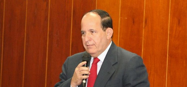 Formulan cargos a excongresista Alvaro Ashton