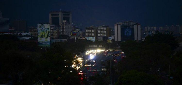 Nuevas marchas en Venezuela por apagones