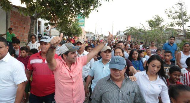 2.839 moradores de Evaristo Sourdís estrenan vías pavimentadas