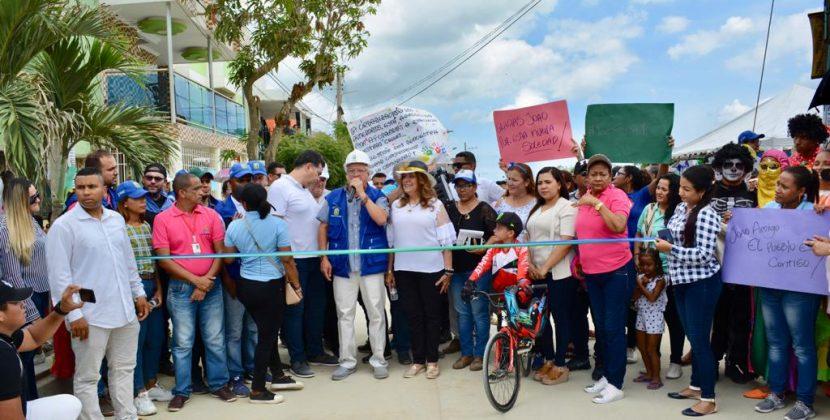 Alcalde Joao Herrera cortó cinta de maratón de obras para Soledad