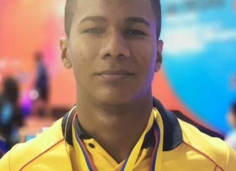 Más podios conquistados por el Team Barranquilla: en pesas, 2 medallas de plata