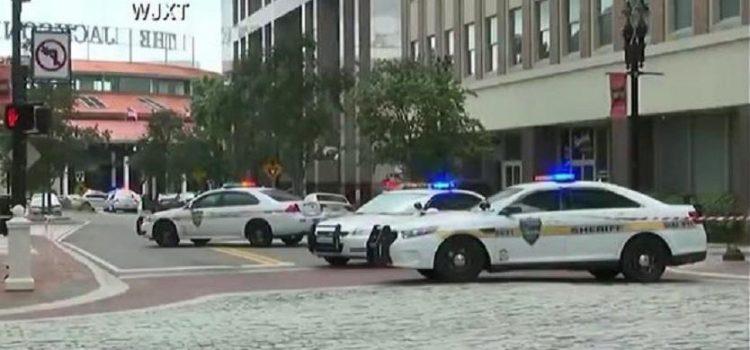 Un muerto y seis heridos deja tiroteo en escuela de Estados Unidos