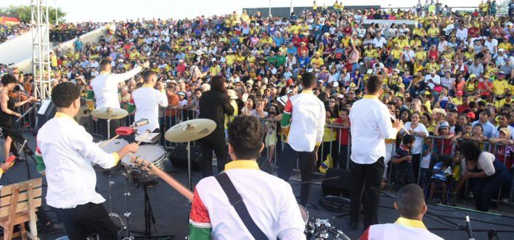 Los 100 de Esthercita llegan a 'Todos al Parque con Música'